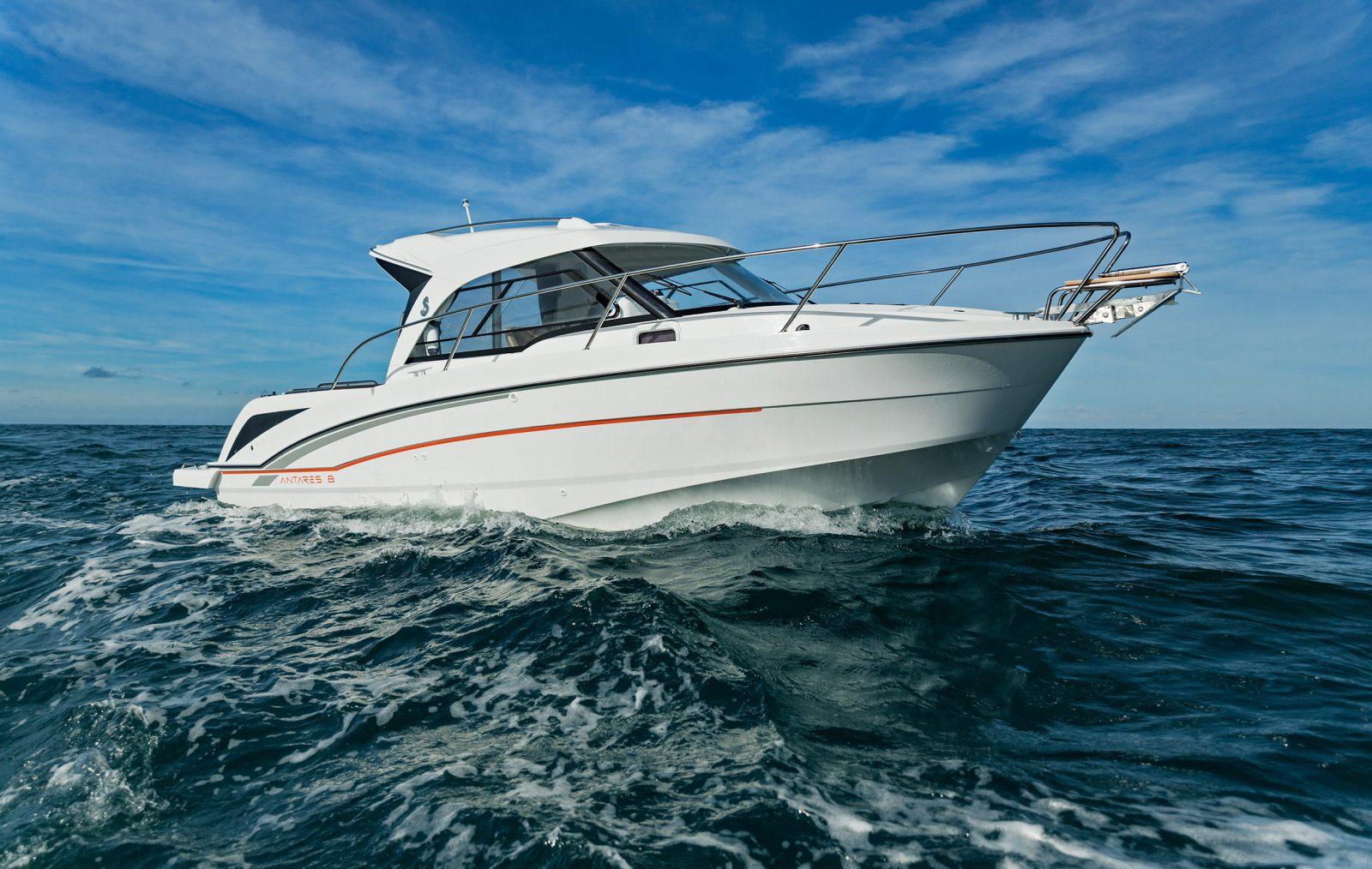 Simpson Marine - Antares Outboard 8