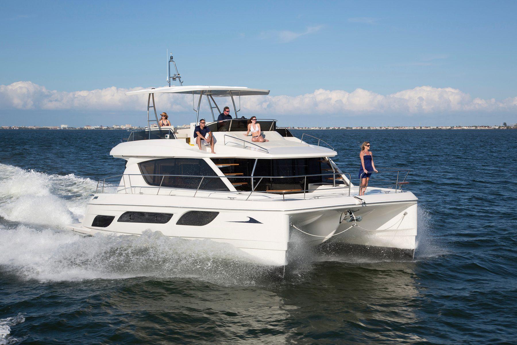 Simpson Marine - Aquila 48